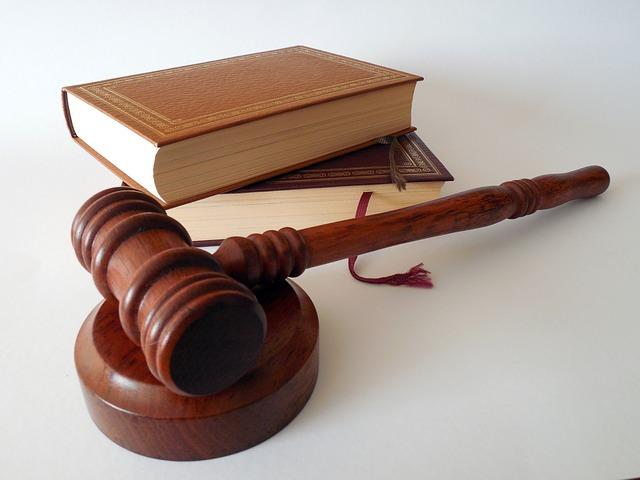Clausola sociale: legittimità dell'opposizione agli atti di una pubblica gara